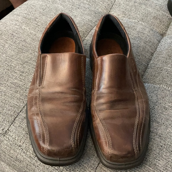 Men's brown loafers